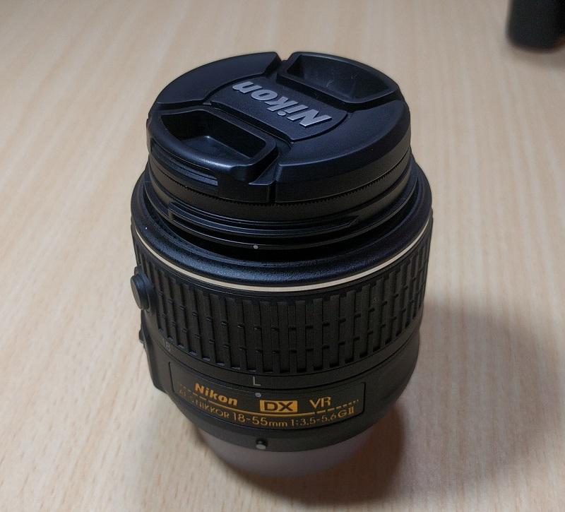 レンズフィルター(NC-52)をD5500(赤)に付けても純正のレンズキャップは装着できる