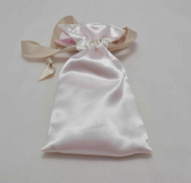 iQOS(アイコス)の限定色Rosé Pink(ロゼピンク)の専用ポーチ