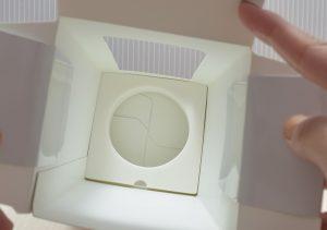 ロレアルパリのノープーの箱の底にはスポンジが