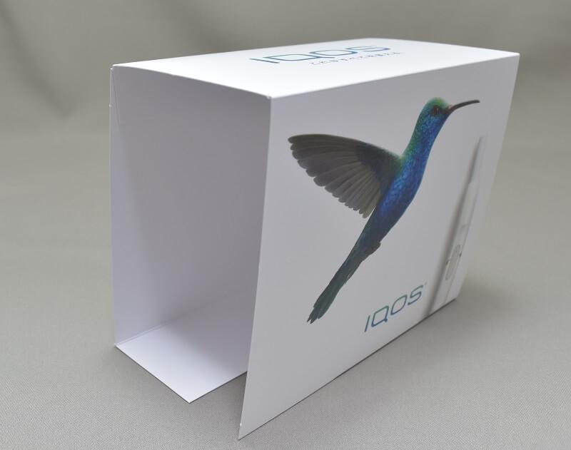 アイコスの限定色サファイアブルーの外箱のカバー
