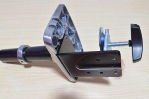エルゴトロン LX デスクマウント モニターアームの机に付ける部分