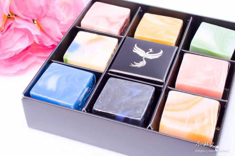 沖縄のお土産は宝石みたいな首里石鹸のCUBE石鹸がオススメ!8つセットならいろんな香りも楽しめて◎