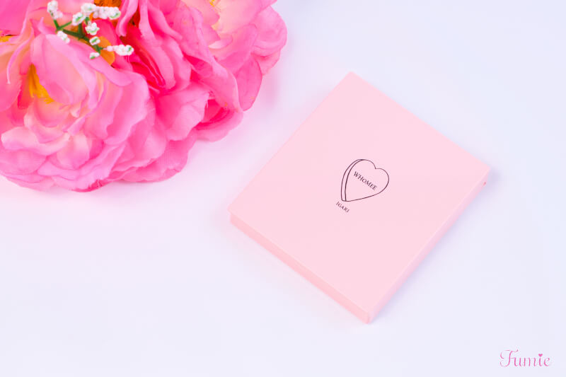 フーミー アイシャドウパレット #bilieve in pink(ピンクピンク) コンパクト正面
