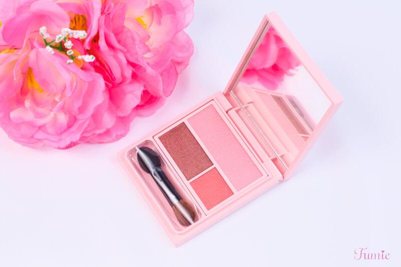 フーミー アイシャドウパレット #bilieve in pink(ピンクピンク) コンパクトを開けてみた